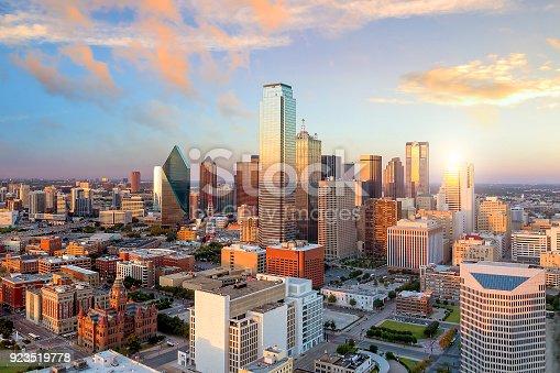 istock Dallas, Texas cityscape 923519778