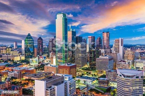 istock Dallas Texas Skyline 845565980