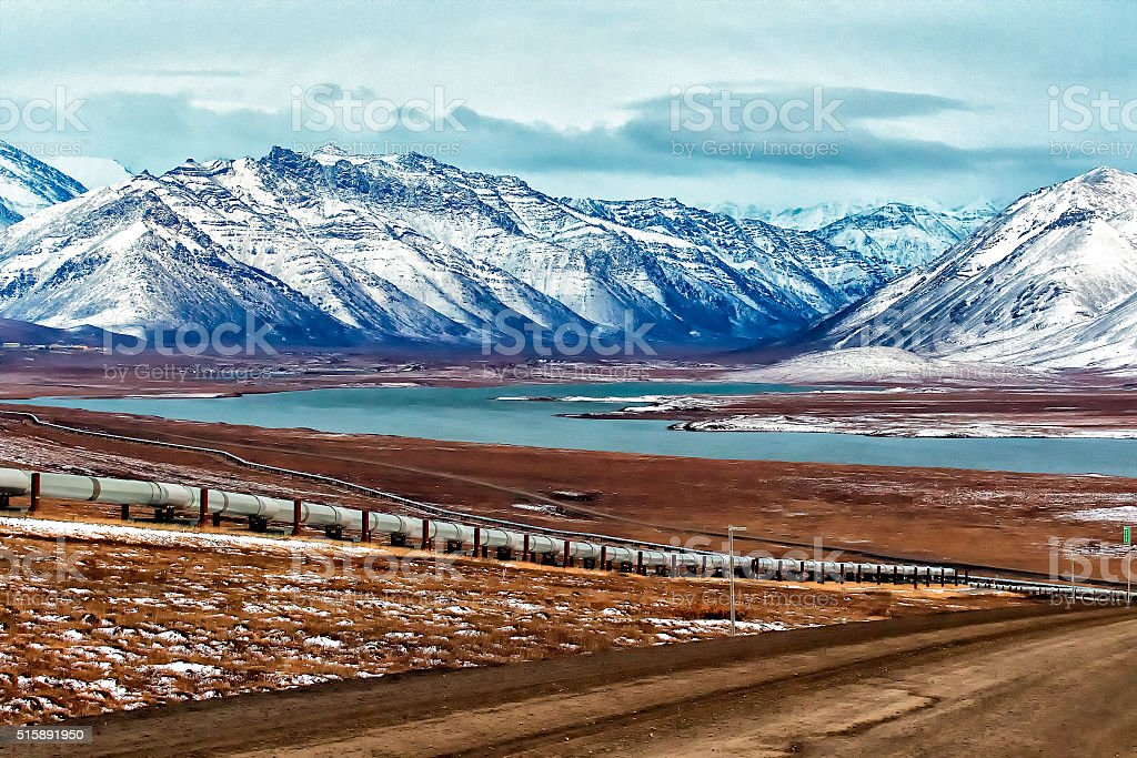 Dalton Highway descends south toward Galbraith Lake stock photo