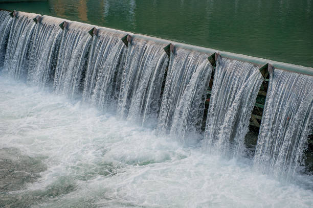 dam - hydroelectric power stock photos and pictures