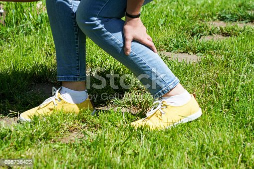 istock damaged leg muscles women 698736422