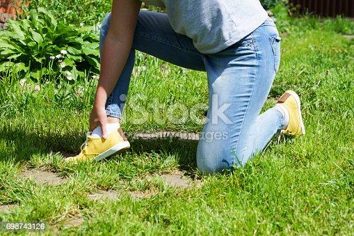 istock damaged leg muscles women 698743126