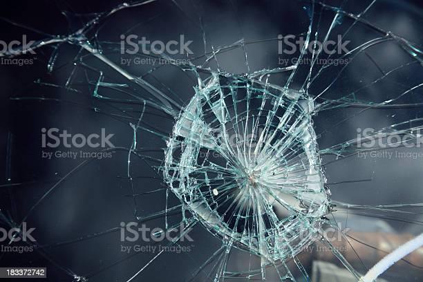 Damaged Windshield Stockfoto en meer beelden van Abstract