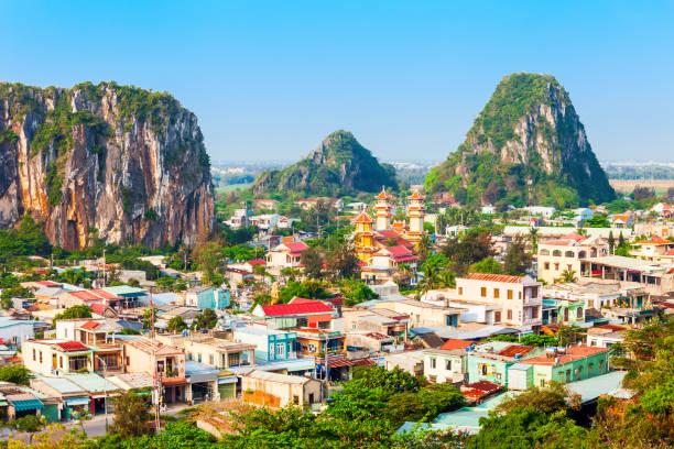 danang marmeren bergen, da nang - vietnam stockfoto's en -beelden