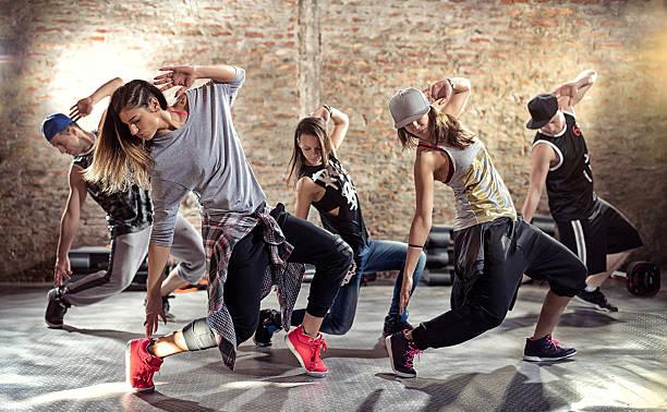 exercícios de dança - dançar - fotografias e filmes do acervo