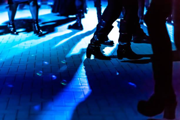 dansgolvet stövlar - dansbana bildbanksfoton och bilder