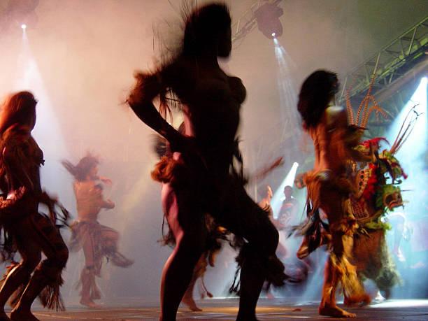 Dance group – Foto