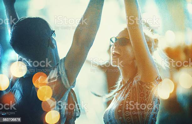 Dancing at concert picture id583706878?b=1&k=6&m=583706878&s=612x612&h=3m8gcr4dotj6fj3rn5sthgh7lclkuzegddgcgv0bh2i=