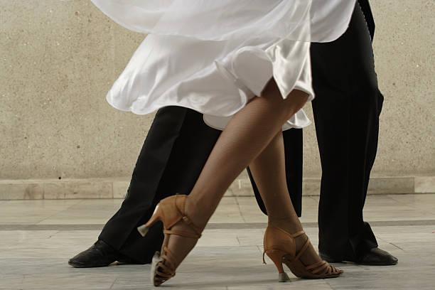 taniec para - tango taniec zdjęcia i obrazy z banku zdjęć