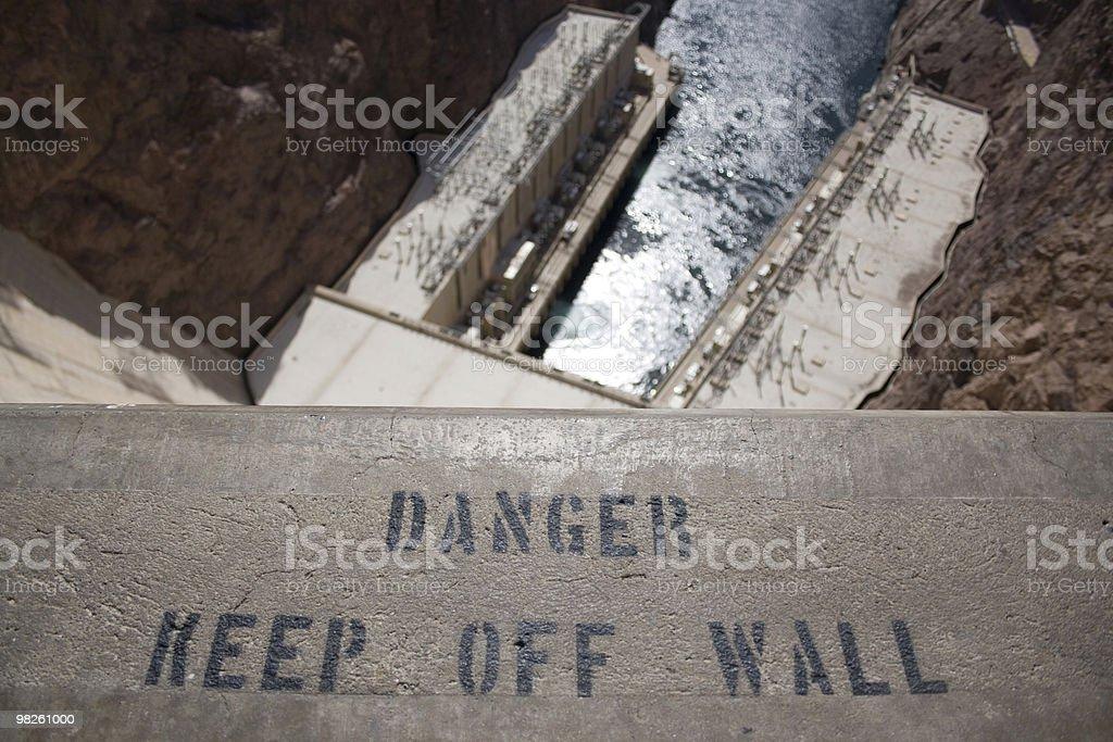 벽 위험, 화물과의 할인! royalty-free 스톡 사진