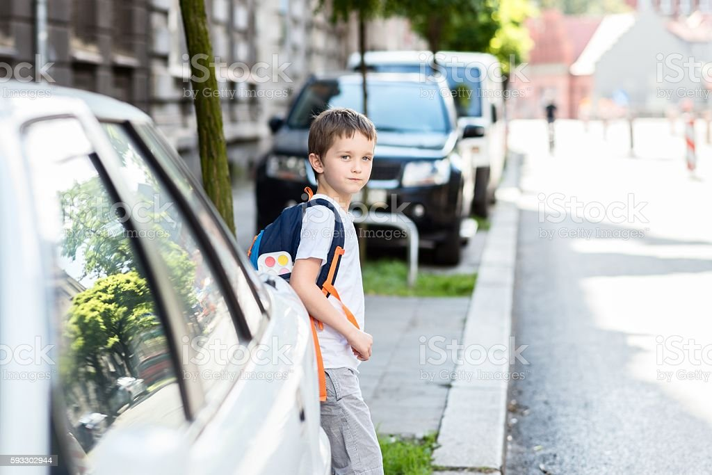 Dangerous road to school foto de stock libre de derechos
