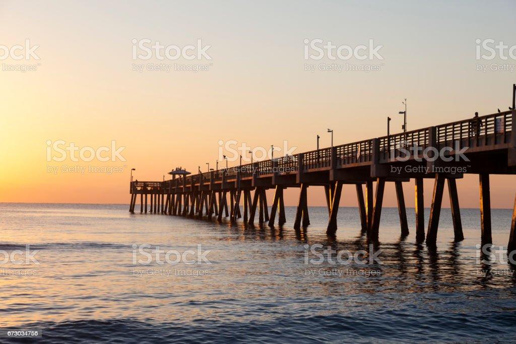 Dania Beach Fishing Pier At Sunrise Florida Usa Stock Fotografie Und