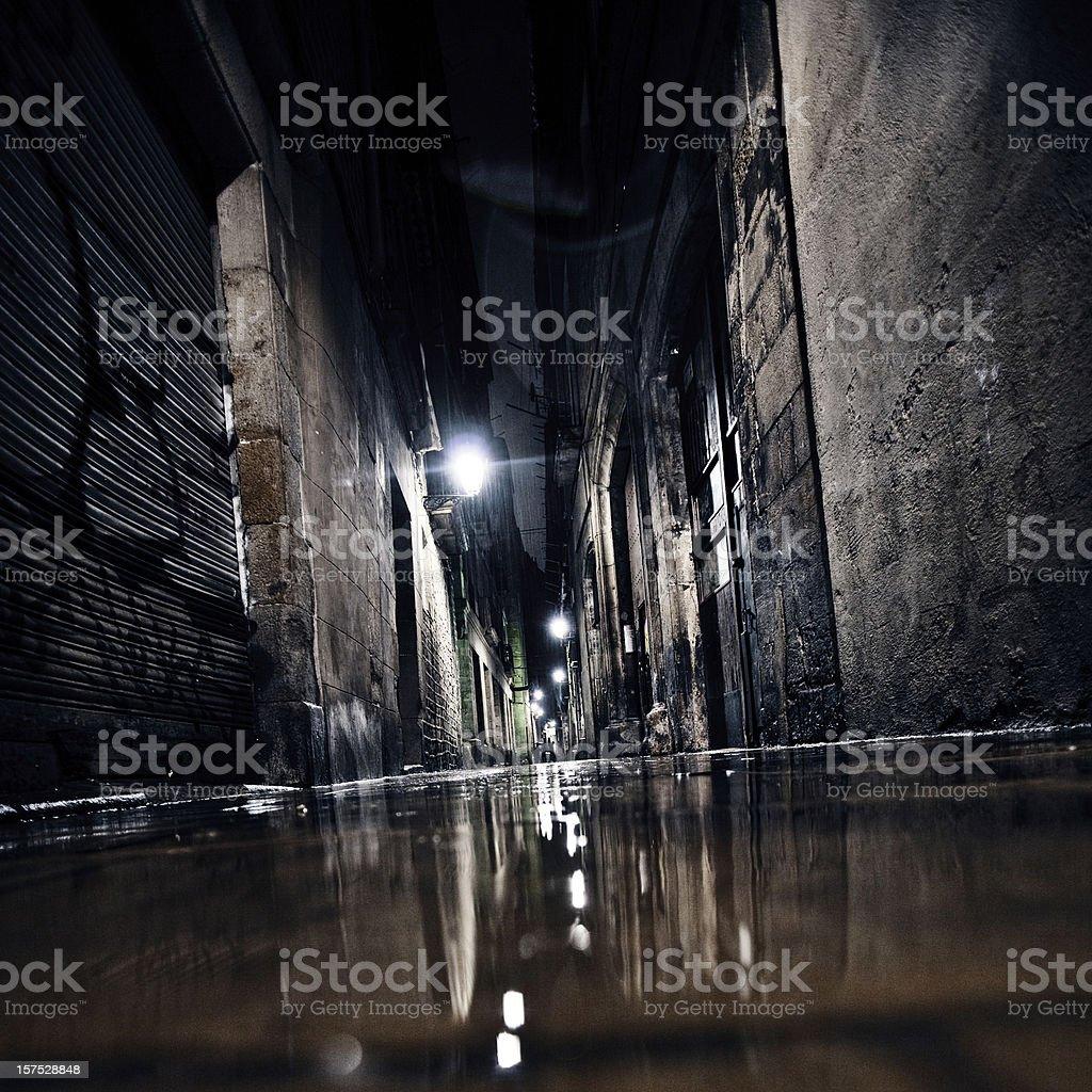 Dark alley.圖像檔