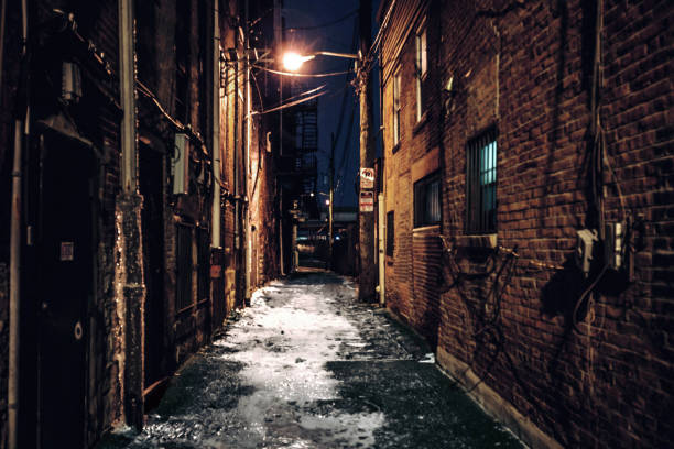 Dark alley - Pittsburgh, PA Dark alley in North Pittsburgh, Pennsylvania, USA alley stock pictures, royalty-free photos & images
