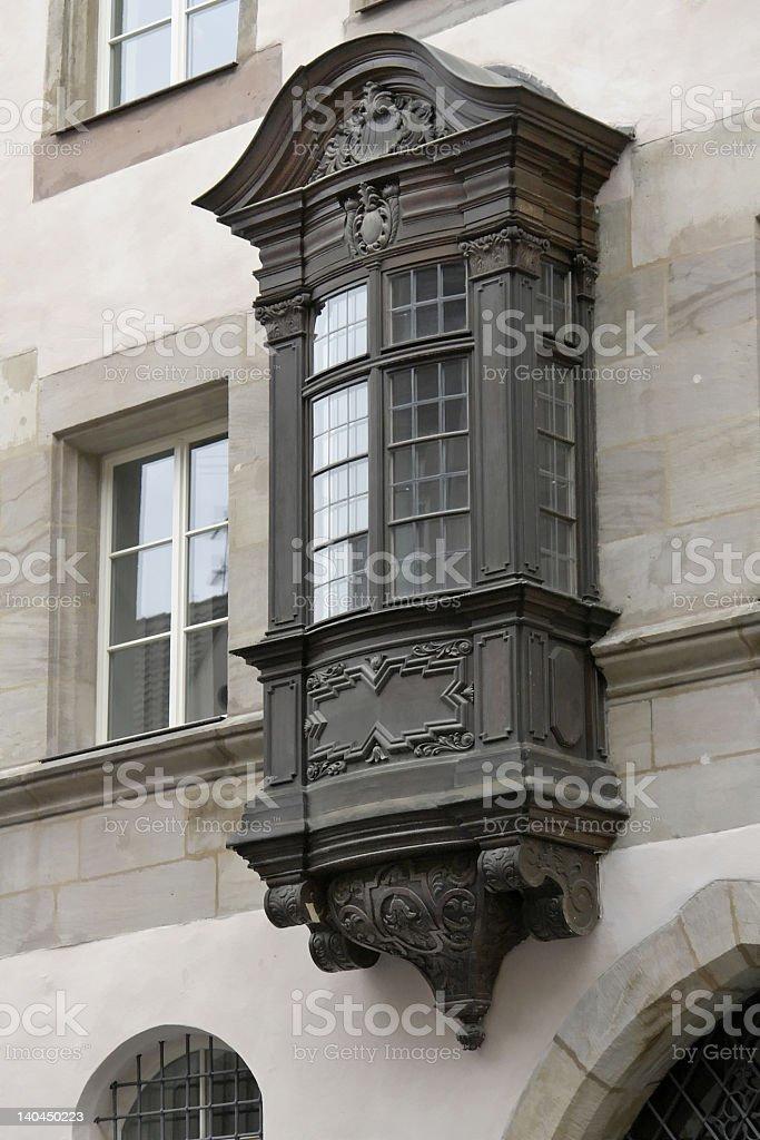 Dark finestra a golfo norimberga fotografie stock e - Finestra a bovindo ...