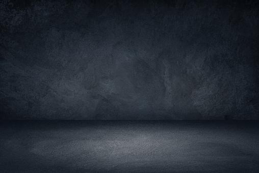製品のディスプレイやモンタージュのための暗い黒と青のグランジ壁の背景 - まぶしいのストックフォトや画像を多数ご用意