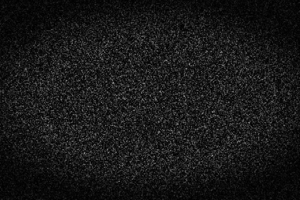 dark black and white television static - televisão estática imagens e fotografias de stock