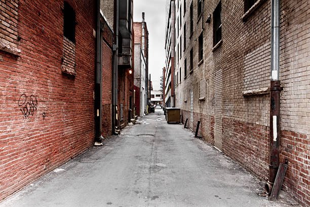 Dark Grungy Alley Dark Grungy Alley in a big city alley stock pictures, royalty-free photos & images