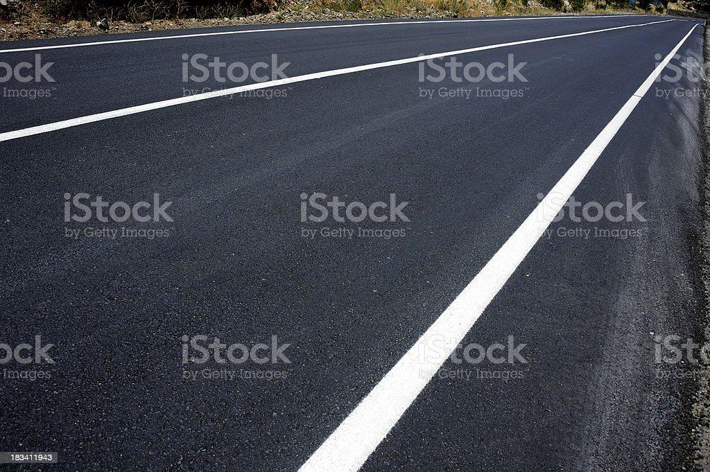 Foto De Dark Road Linha Branca E Mais Fotos De Stock De Abstrato Istock