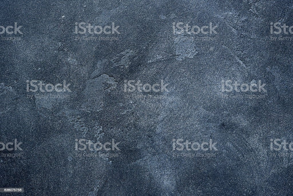 Dark stone or slate wall. – Foto