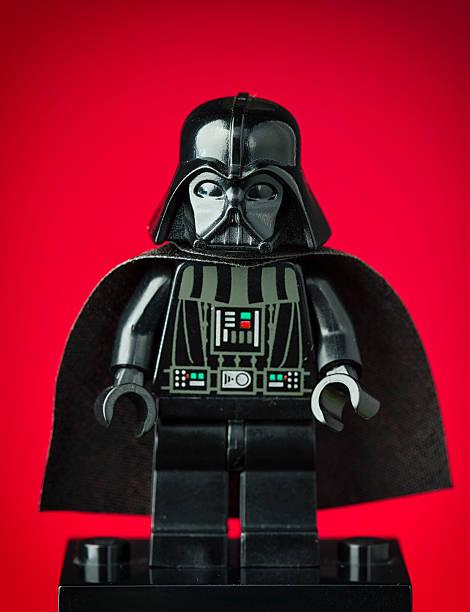 darth vader lego minifigure - darth vader stok fotoğraflar ve resimler