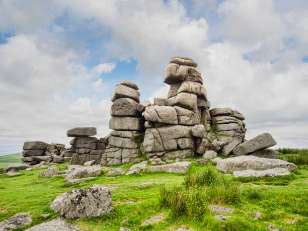 dartmoor national park devon uk - outcrop stock pictures, royalty-free photos & images