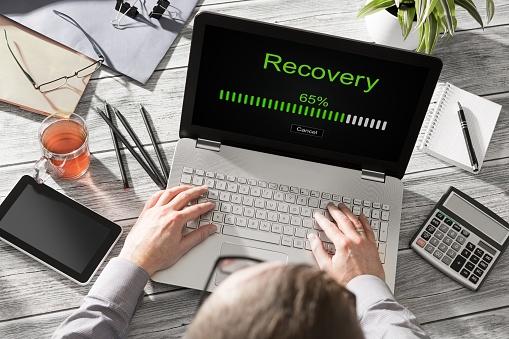 istock data backup restoration recovery restore browsing plan network 627196844