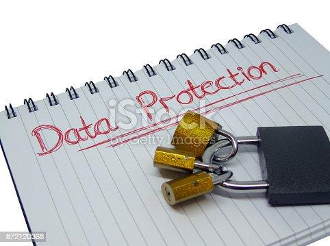 937370192 istock photo Data Protection Notepad with Padlocks 872120368