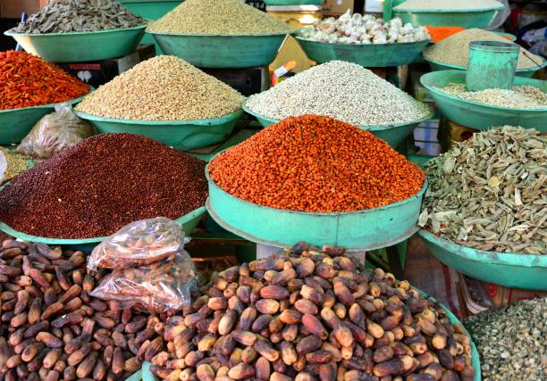 Dates and dry foods at, Omdurman Market, Khartoum, Sudan Khartoum, Sudan: large bowls of dates and dry foods at Omdurman Market omdurman stock pictures, royalty-free photos & images