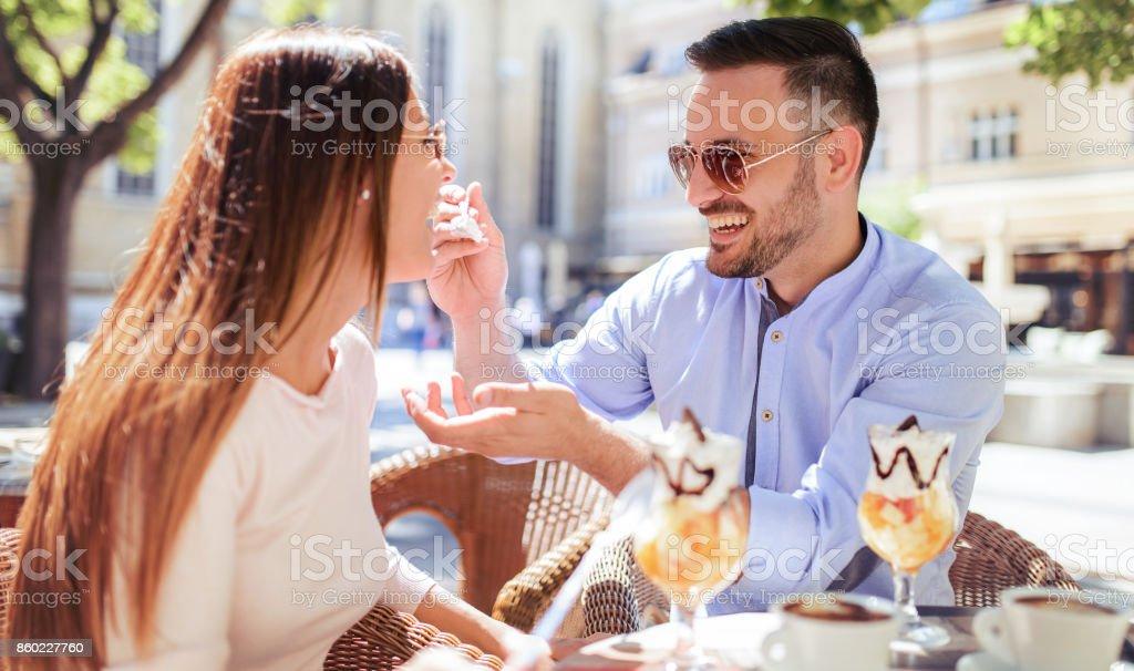 dating kahvila Bilder