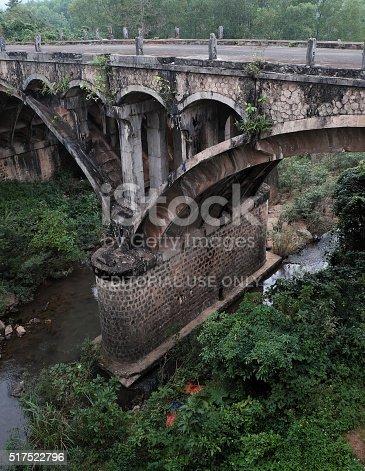 istock Dau Mau bridge, Ho Chi Minh trail, Vietnam 517522796