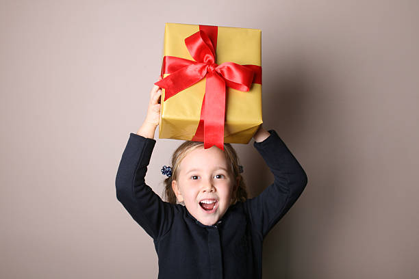 Daughter Gift Box Moving up  birthday wishes for daughter stock pictures, royalty-free photos & images