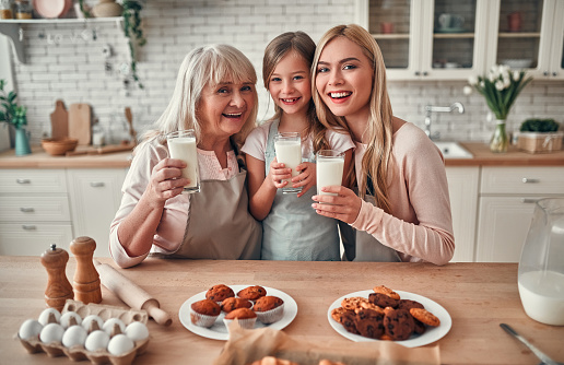 494086690 istock photo Daughter, mother and grandmother on kitchen 1135163287