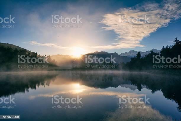 Dawn at lake matheson picture id537372098?b=1&k=6&m=537372098&s=612x612&h= tglhllsycb4mcqxkazsyagpvvqkhgypfdkt4jo5 8g=