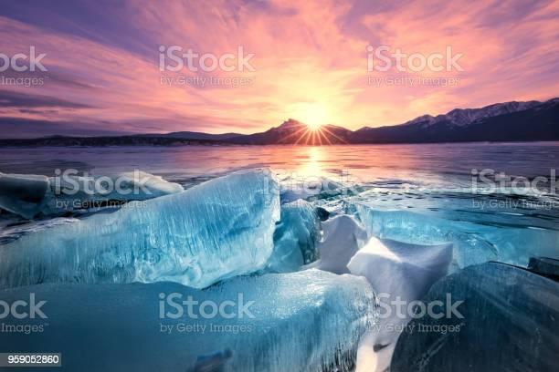 Photo of Dawn Breaks, Ice Breaks, Abraham Lake, Alberta, Canadian Rockies