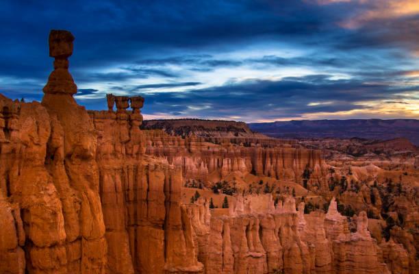 Dämmerung im Bryce Canyon – Foto