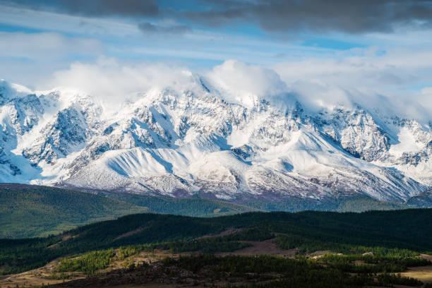 dawn in de chui-vallei - altai nature reserve stockfoto's en -beelden