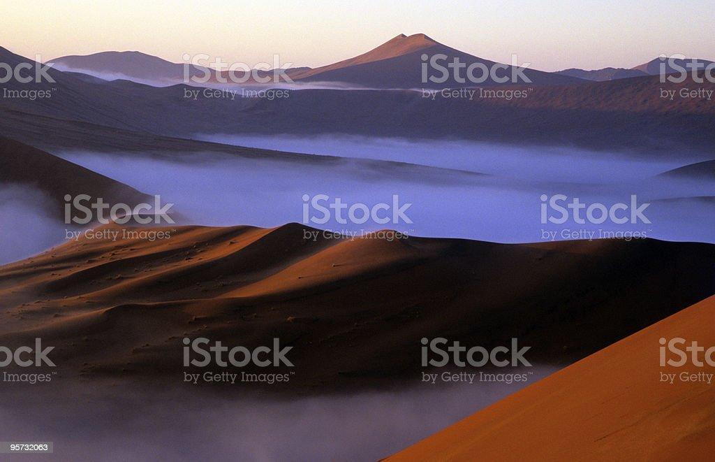 Dawn mist in the Namib Desert, Namibia stock photo