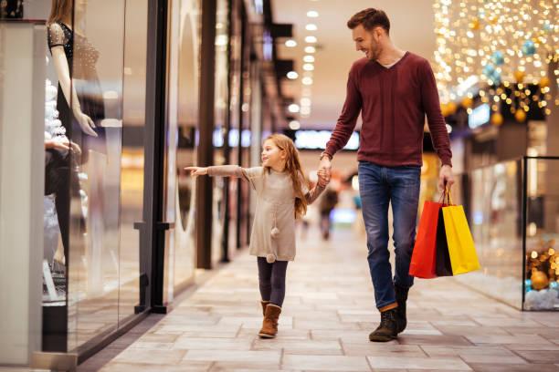 um dia no shopping - shopping - fotografias e filmes do acervo