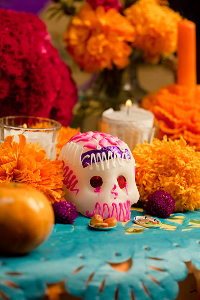 tag der toten altar mit zucker-schädel - altar stock-fotos und bilder