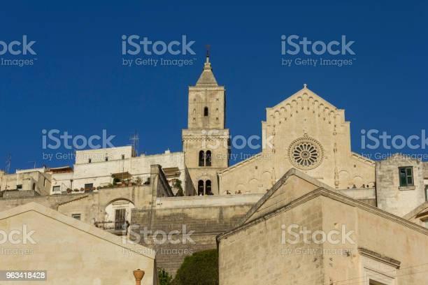 Dzień Z Widokiem Na Katedrę Matera Duomo I Jej Dzwonnicę - zdjęcia stockowe i więcej obrazów Basilicata