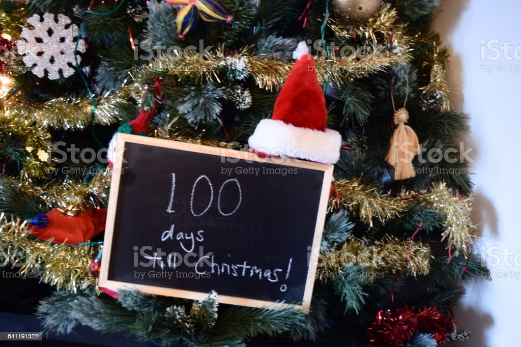 100 days until christmas countdown sign royalty free stock photo