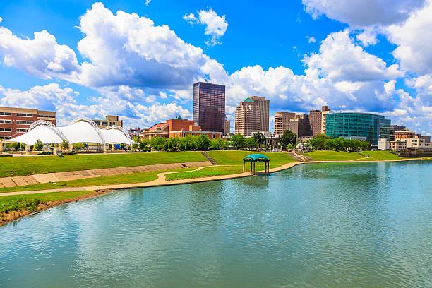 Dayton skyline, Ohio Dayton skyline with Miami River, Ohio ohio stock pictures, royalty-free photos & images