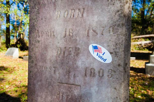 Dead voter – Foto