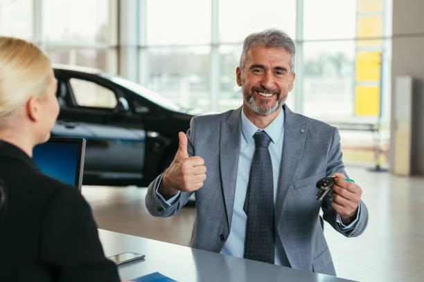 concessionnaires voiture showroom - Photo