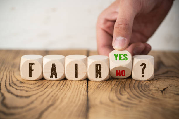 Entscheidung zwischen fair und unfair – Foto
