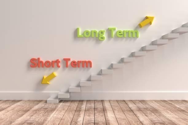 decisões, ir de curto ou longo? - longo - fotografias e filmes do acervo