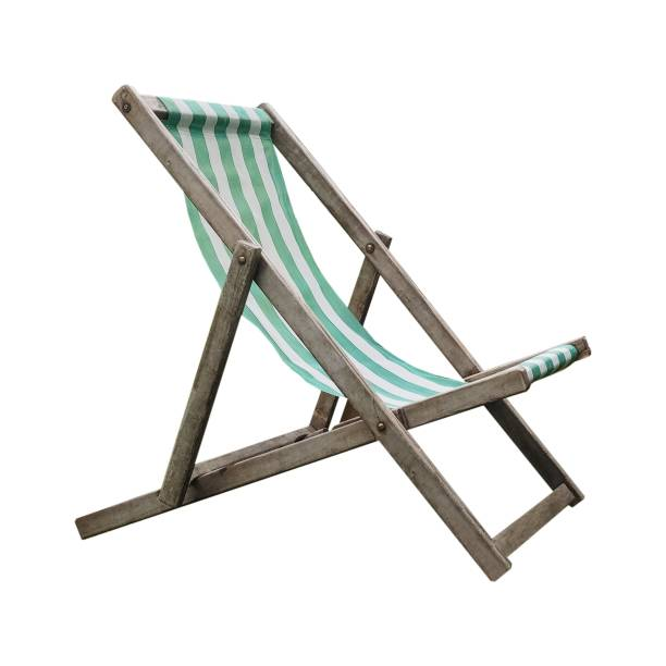 cadeira de convés isolado sobre branco - foto de acervo