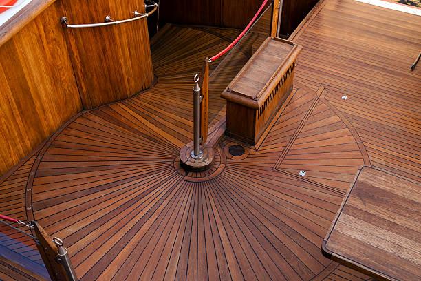 deck des segelschiff - terrassen deck design stock-fotos und bilder