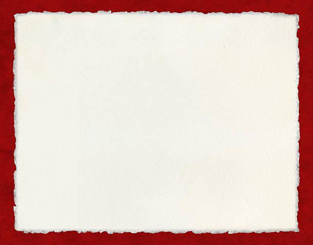 deckled papel sobre vermelho - orla - fotografias e filmes do acervo